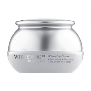 Осветляющий крем для лица BERGAMO Whitening EX Wrinkle Care Cream - 50g
