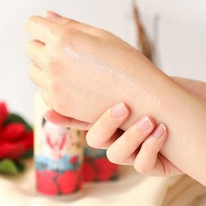 Тонер-эссенция для восстановления кожи ELIZAVECCA Hwa Yu Hong Essence 200 мл