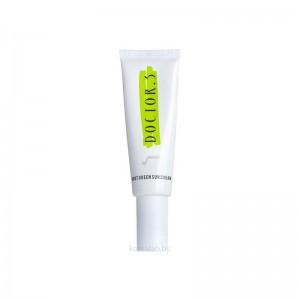 Солнцезащитный крем с комплексом трав Doctor.3 Green Sun Cream SPF50+ PA++++ 50 гр