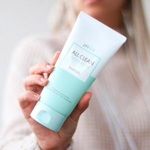 Слабокислотный гель для умывания для чувствительной кожи HEIMISH pH 5.5 All Clean Green Foam 150 мл