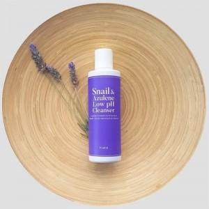 Успокаивающий гель для умывания с муцином TIAM Snail Azulene Low pH Cleanser 200 мл