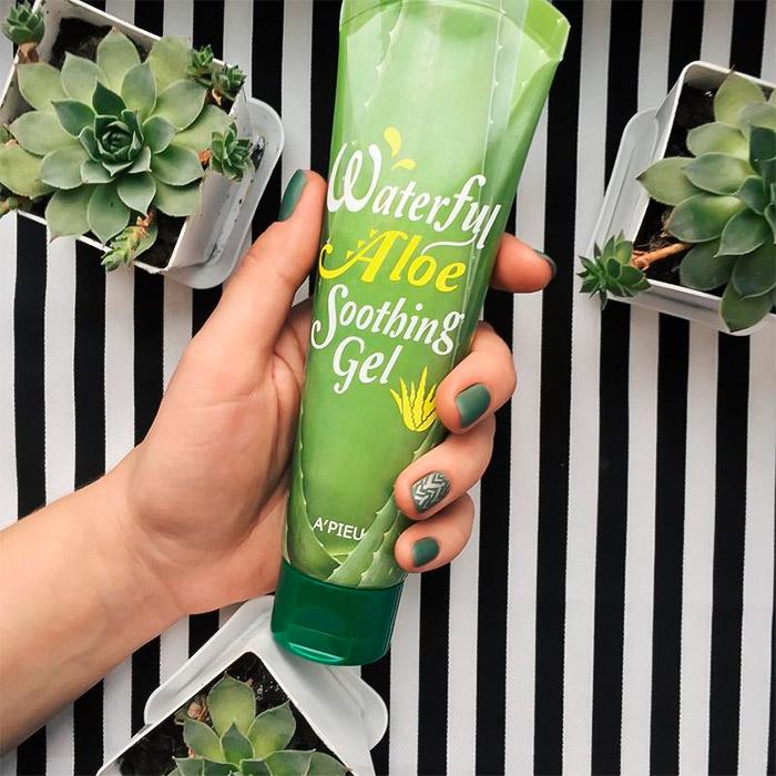 Универсальный гель с алоэ A'PIEU Waterful Aloe Soothing Gel