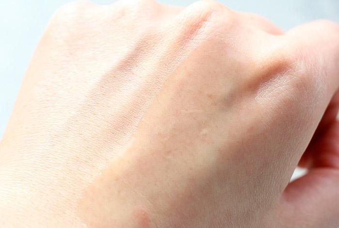 Восстанавливающая эссенция с муцином улитки CIRACLE Repairing Snail Essence