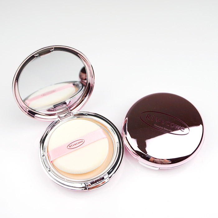 Компактная пудра для лица RIVECOWE Beyond Beauty Moisture Twoway Cake SPF40 РА++